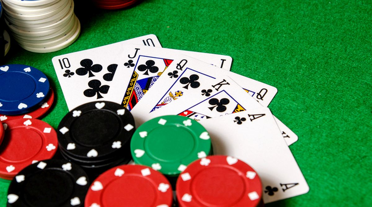 Poker Presents Online Poker Rooms