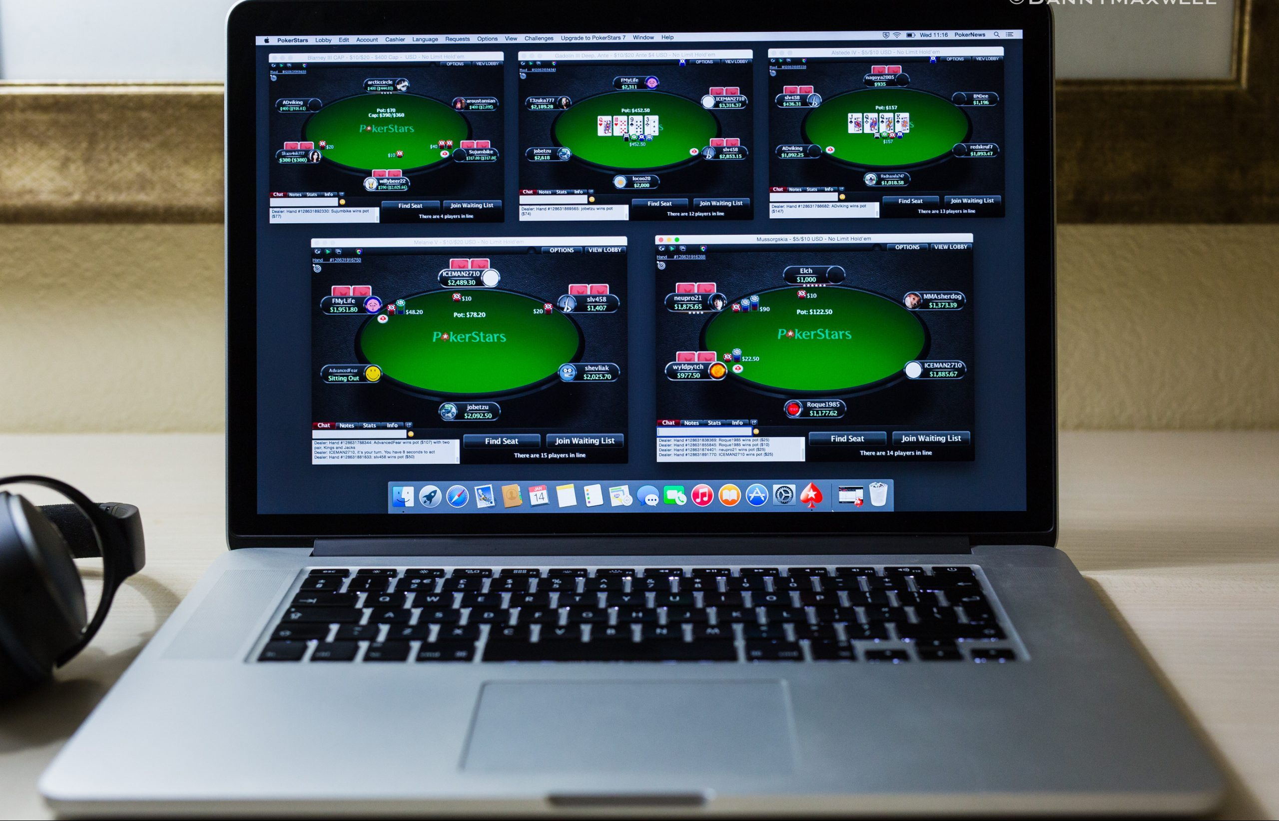 Some Useful Tactics For Stealing Blinds In Online Poker